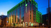 Heathrow To Holiday Inn Manchester City Centre Taxi