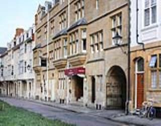 Heathrow To Mercure Eastgate Hotel Oxford Taxi